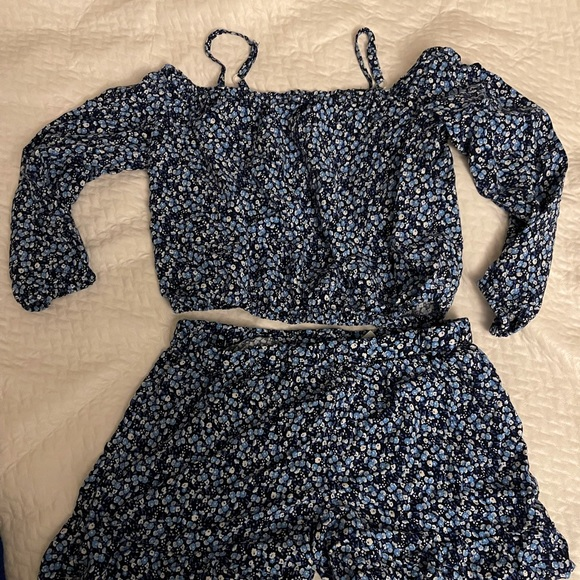 Girl's two piece set